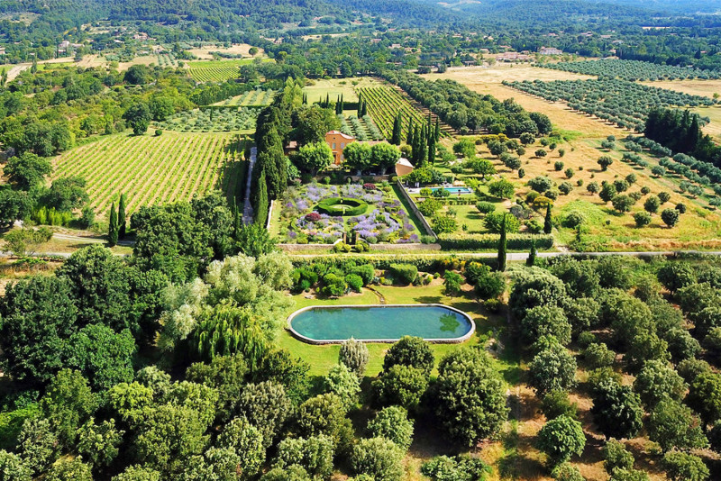 Le Pavillon de Galon - Our 13 acres Domain, with olive groves, the gardens, the vines and truffle oaks...